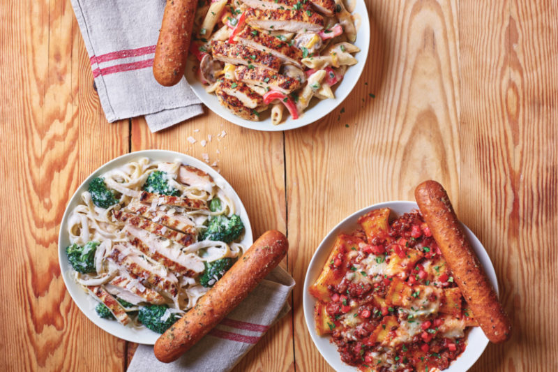 Applebee's Neighborhood Grill & Bar is launching a new line of Neighborhood Pastas served with new Signature Breadsticks, which are brushed with butter, garlic and parsley.