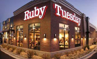 Ruby tuesday at night