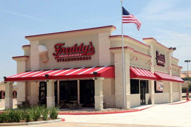 Exterior picture of a Freddy's Frozen Custard & Steakburgers restaurant