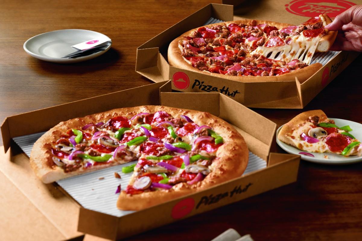 Pizza Hut makes its Su...