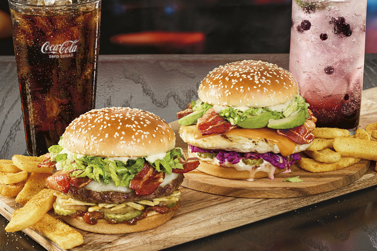Red Robin introduces new bacon burger, chicken sandwich | 2020-01-23 |  MEAT+POULTRY