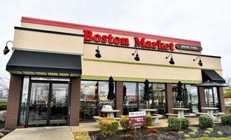 Bostonmarketrestaurant smaller