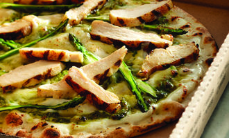 2culinary-perspective-grilled-chicken-on-pizza-source-us-foods-small1
