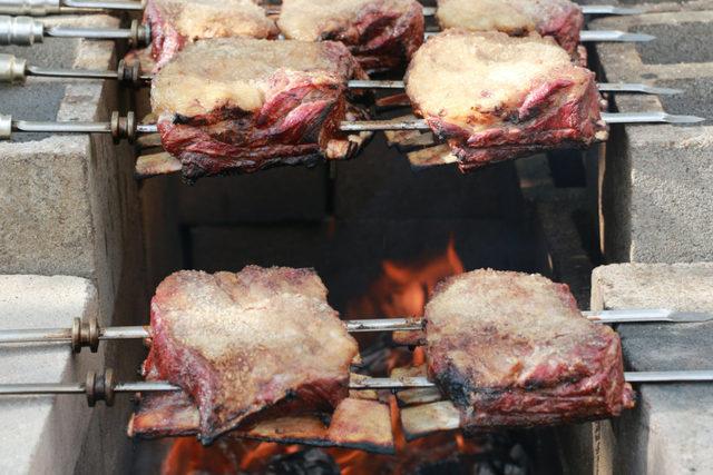 Brazilian-style-beef-chuck-short-ribstexas-small