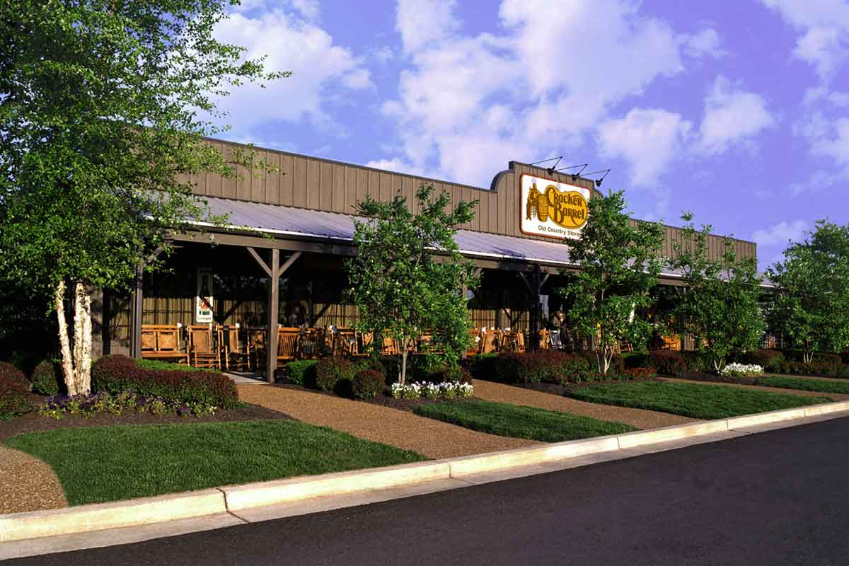 cracker barrel exterior