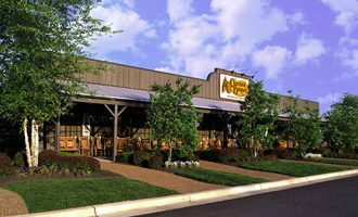 Cracker-barrel-exterior