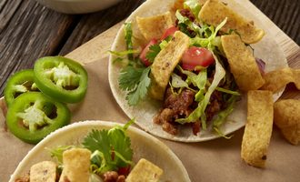 Famous_daves_beyond_meat_tacos-smaller