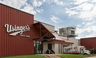 Usingers-exterior-andy-manis