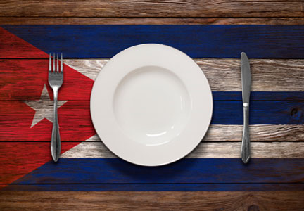 Place setting on a Cuban flag