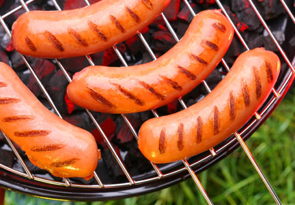 Clean Food found 14.5 percent of hot dogs it tested had substitution and hygiene issues.